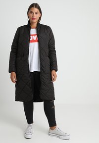 ONLY Carmakoma - Classic coat - black - 0