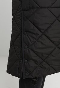 ONLY Carmakoma - Classic coat - black - 6