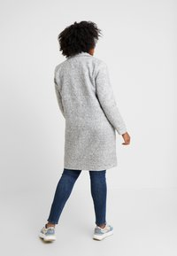ONLY Carmakoma - CARASTRID MARIE COAT - Mantel - medium grey melange - 2