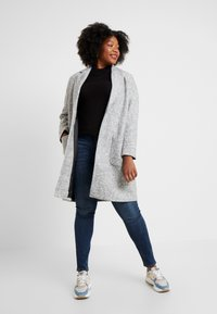 ONLY Carmakoma - CARASTRID MARIE COAT - Mantel - medium grey melange - 1