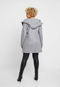 ONLY Carmakoma - CARSEDONA  - Short coat - light grey melange - 2