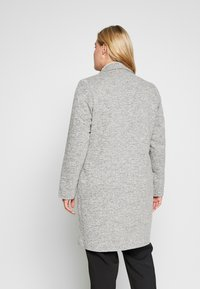 ONLY Carmakoma - CARCARRIE COAT - Krátký kabát - light grey melange - 2