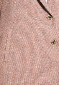 ONLY Carmakoma - CARCARRIE COAT - Krótki płaszcz - mocha mousse - 5