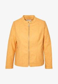 ONLY Carmakoma - CARMELANIE JACKET - Bunda zumělé kůže - golden apricot - 4