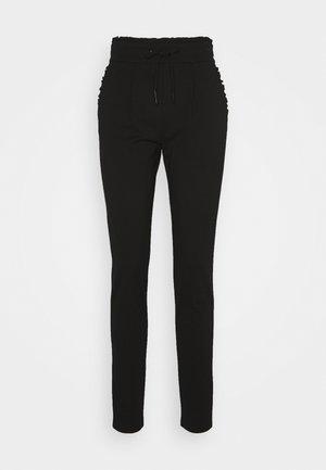 ONLPOPTRASH EASY FRILL PANT - Teplákové kalhoty - black