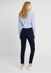 ONLY Tall - ONLLILLI PANTS - Spodnie materiałowe - dark blue - 2