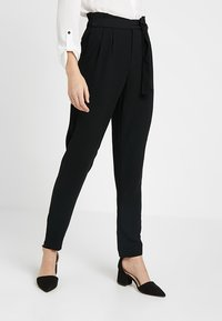 ONLY Tall - ONLFLORENCE ANKLE PANT - Pantalones - black - 0