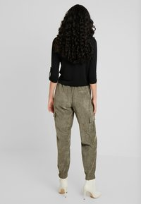 ONLY Tall - Trousers - kalamata - 2