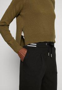 ONLY Tall - ONLANNY PANTS - Teplákové kalhoty - black - 5