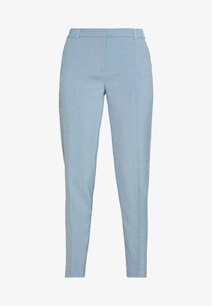 ONLVILDA ASTRID CIGARETTE PANT  - Bukse - faded denim