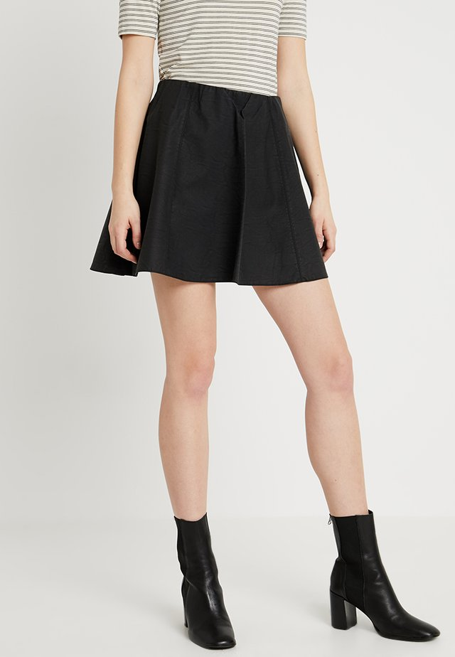 ONYSTEADY MW FAUX LEATHER SKIRT TALL OTW - A-line skirt - black