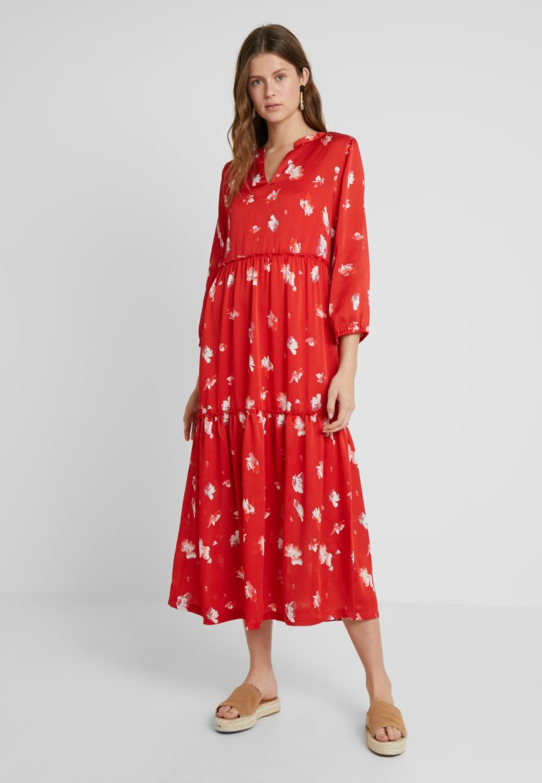 ONLY Tall - ONLGIZA DRESS - Vestito lungo - flame scarlet