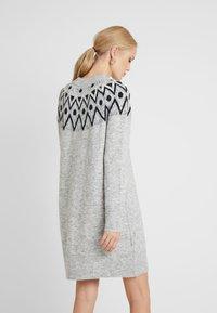 ONLY Tall - ONLTRINKA NORDIC DRESS - Gebreide jurk - light grey melange - 2