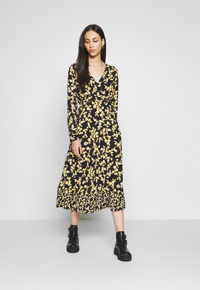 ONYVENERA MID CALF DRESS WVN TA - Vapaa-ajan mekko - black/you floral