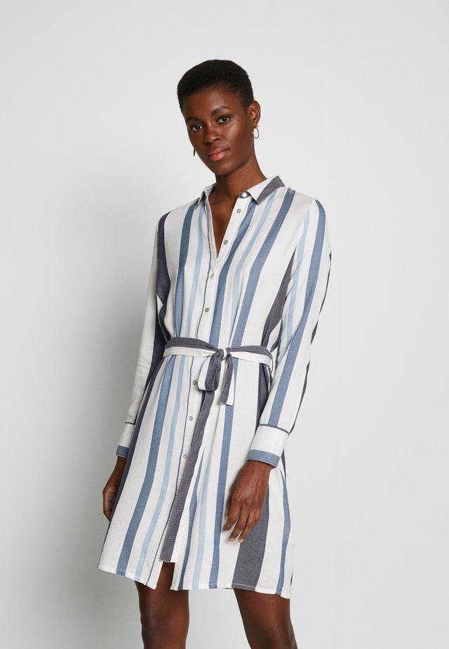 ONLANYA STRIPE DRESS SHIRT VEC - Vestido camisero - cloud dancer/light blue / dark blue