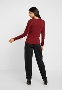ONLY Tall - ONLTINNA CROCHET - Pullover - merlot - 2