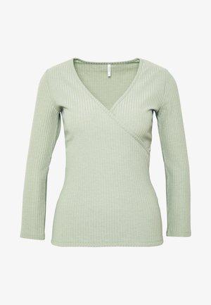 ONLNELLA  - Long sleeved top - frosty green