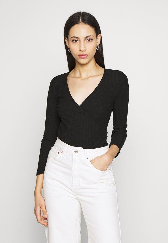 ONLNELLA  - Langarmshirt - black