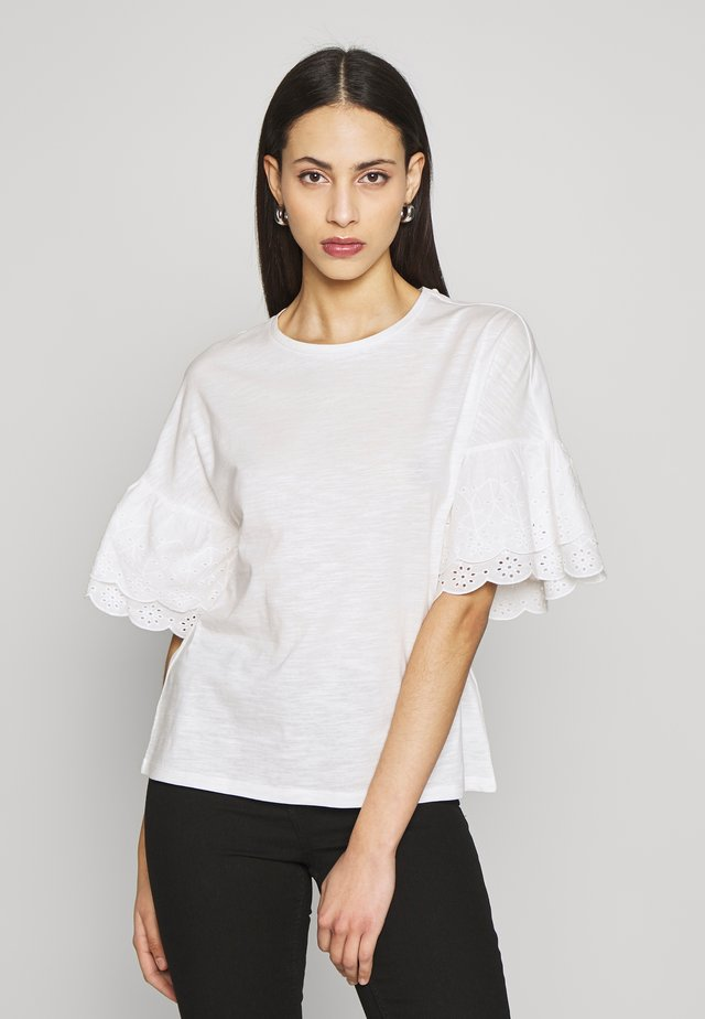 ONLCELINA LIFE - Camiseta estampada - cloud dancer