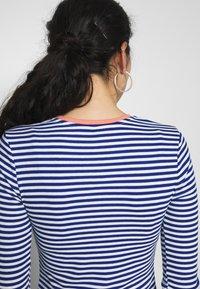 ONLY Tall - ONLTINEA O NECK - Long sleeved top - mazarine blue/cloud dancer/terra - 5