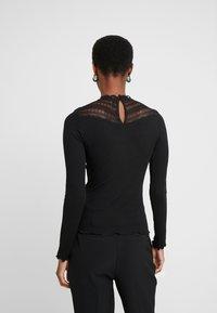 ONLY Tall - ONLAYA - Bluzka z długim rękawem - black - 2