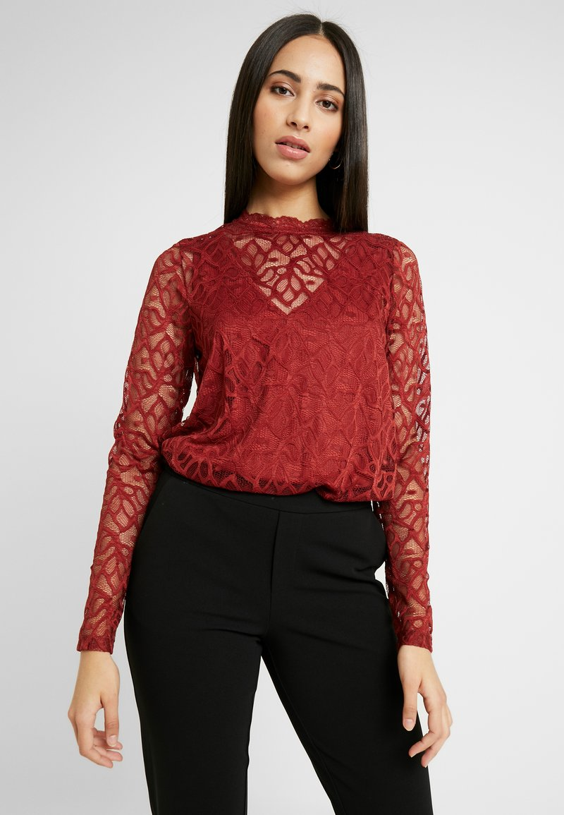 ONLY Tall - ONLDORA - Blusa - red pear