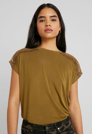 ONLFFREE - T-shirts basic - lizard