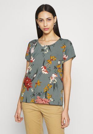 ONLELEONORA TOP  - Blouse - balsam green