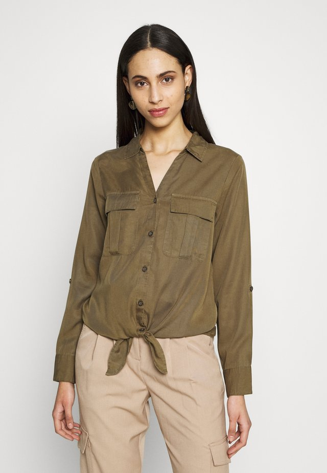 ONLKARLA - Button-down blouse - grape leaf