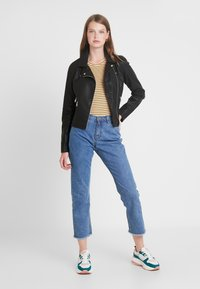 ONLY Tall - ONYFILIPPA JACKET - Faux leather jacket - black - 1