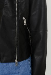 ONLY Tall - ONYFILIPPA JACKET - Faux leather jacket - black - 5
