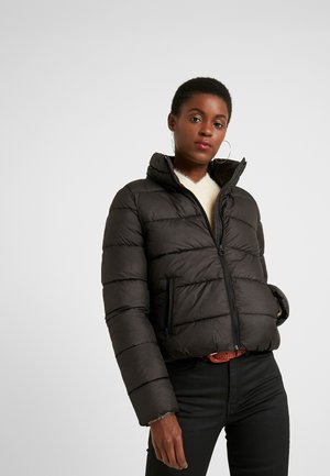 ONLCAMMIE QUILTED JACKET - Lehká bunda - black