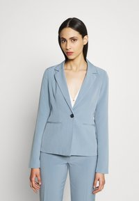 ONLY Tall - ONLSELMA ASTRID FITTED - Blazer - faded denim - 0