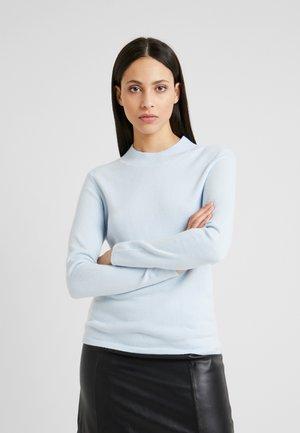 ONLROSE HIGHNEC - Strikkegenser - cashmere blue