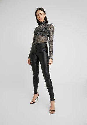 ONLROYAL BUTTON  COATED - Pantalon classique - black