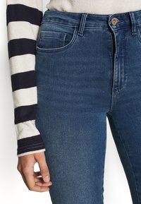 ONLY Tall - ONLROYAL SKINNY - Jeans Skinny Fit - medium blue denim - 5