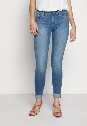 ONLSHAPE LIFE  - Skinny džíny - light blue denim