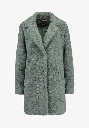 ONLAURELIA COAT - Veste d'hiver - balsam green
