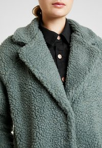 ONLY Tall - ONLAURELIA COAT - Vinterkappa /-rock - balsam green - 5