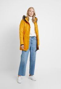 ONLY Tall - ONLIRIS - Parka - golden yellow - 1