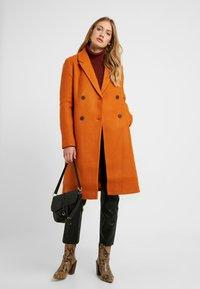 ONLY Tall - ONLLOUISA COAT TALL  - Mantel - pumpkin spice - 1