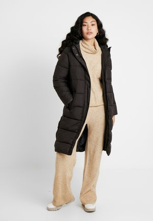 ONLCAMMIE LONG QUILTED COAT  - Zimní kabát - black