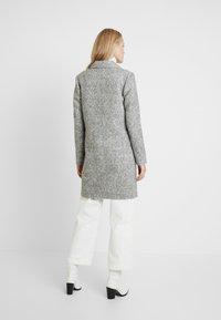 ONLY Tall - ONLASTRID MARIE COAT - Cappotto classico - medium grey melange - 2