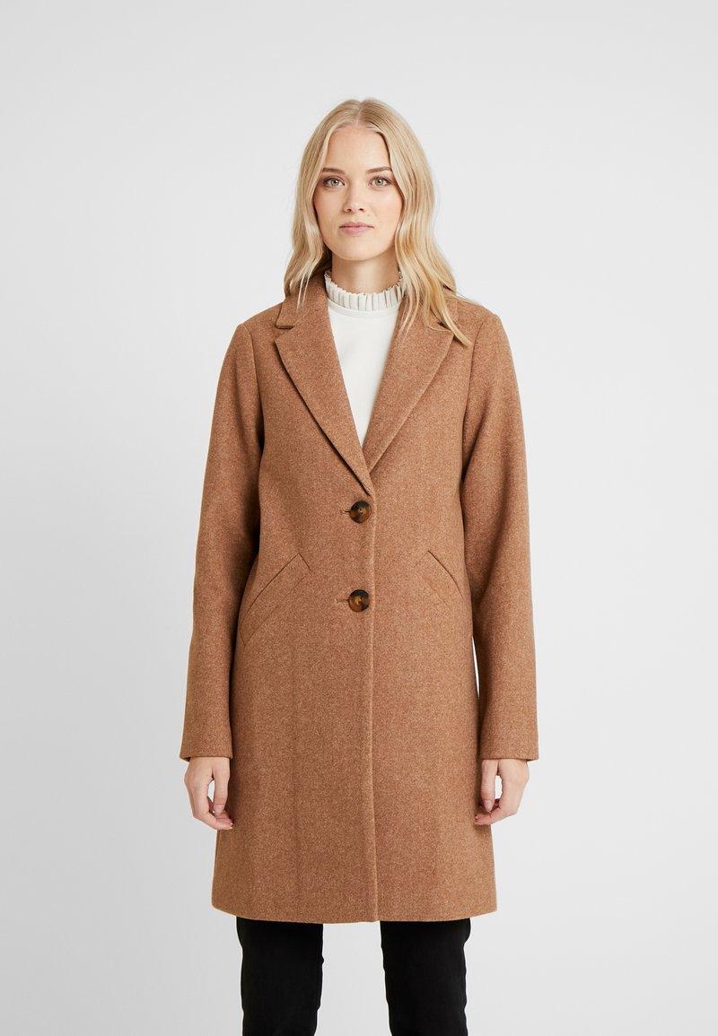 ONLY Tall - Zimní kabát - camel