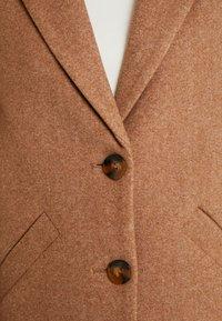 ONLY Tall - Zimní kabát - camel - 7