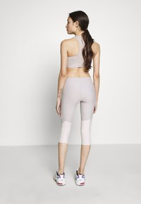 ONLY PLAY Petite - ONPJACINTE 3/4 TRAINING TIGHTS - Leggings - Trousers - ashes of roses/lilac ash - 2