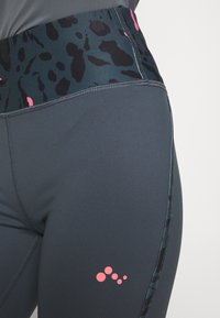 ONLY PLAY Petite - ONPMARIKA TRAINING  - Leggings - turbulence/phantom black - 4