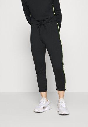 ONPADOR PANTS  - Tracksuit bottoms - black
