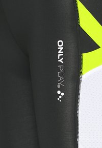 ONLY PLAY Petite - ONPALIX HW 7/8 TRAINING TIGHTS - Leggings - Trousers - black/white/saftey yellow - 2