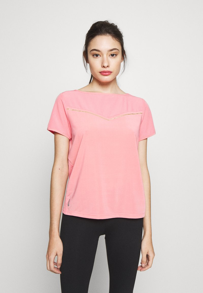 ONLY PLAY Petite - ONPJEWEL BOATNECK TRAINING TEE - Print T-shirt - strawberry pink/white gold